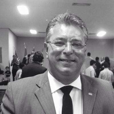 Azor Lopes da Silva Júnior