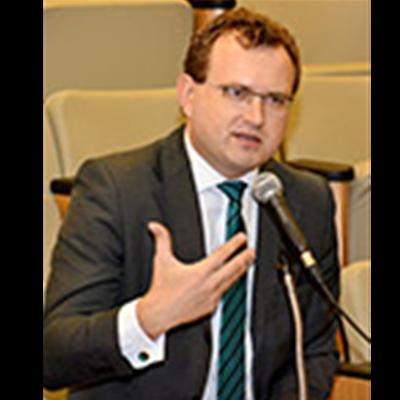 Emerson Ademir Borges de Oliveira