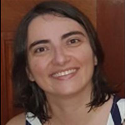 Cláudia Regina Salomão