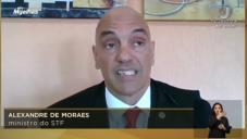 Moraes: Estado não se mete na fé, fé não se mete no Estado