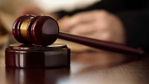Juiz Federal de SP coloca em suspeita STJ e STF
