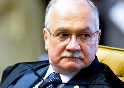 Fachin suspende processo de impeachment contra Dilma