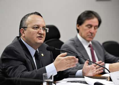 Comissão especial apresenta relatório final do novo CP