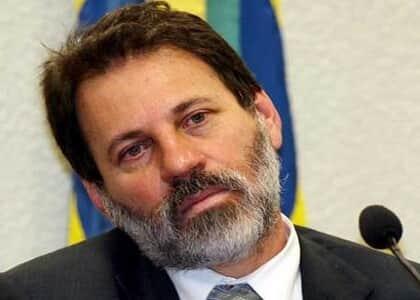 JB derruba decisão que garantia trabalho externo para Delúbio