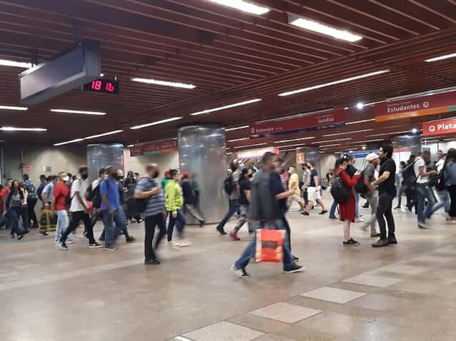 Justiça do Trabalho impede greve total de metrôs em SP