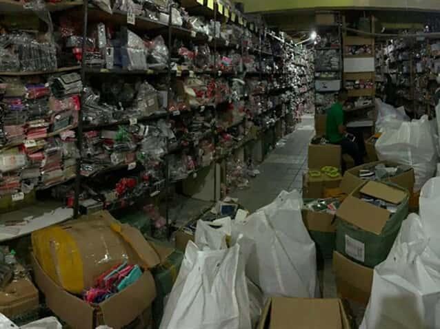 Milhares de produtos falsificados são apreendidos em Salvador