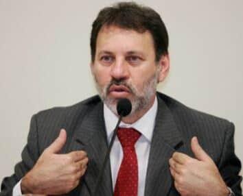 Delúbio Soares é condenado por improbidade administrativa