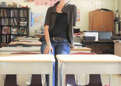 Professora agredida em sala de aula será indenizada pelo DF