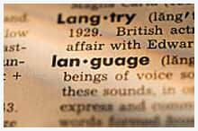 Trechos em língua estrangeira não invalidam decisão judicial