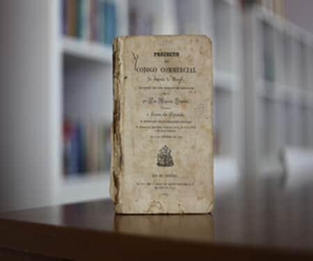 """Em 1834, uma comissão apresentava o """"Projecto do Codigo Commercial do Imperio do Brazil"""""""