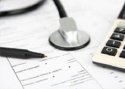 Plano de saúde coletivo não pode reajustar prestação de forma arbitrária