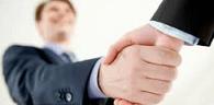 Advogado pode atuar como corretor de seguros, desde que em outro local de trabalho
