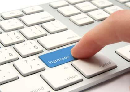 Pré-venda e cobrança de taxa para compra de ingresso pela internet são abusivas