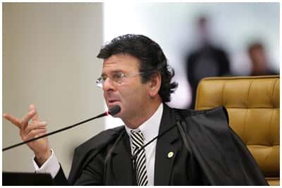 Veja a íntegra do voto do ministro Luiz Fux sobre a lei ficha limpa