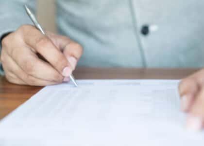 Preparo não pode ser comprovado com mero documento bancário informando débito