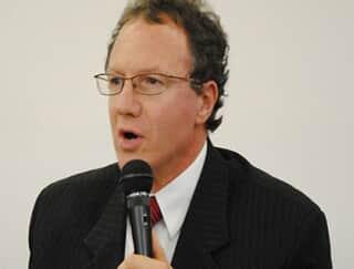 Antonio Cláudio da Costa Machado rebate críticas de comentários acerca da reforma do CPC