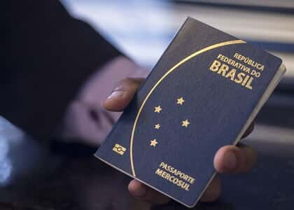 PF deve emitir passaporte definitivo para homem com viagem marcada à Rússia