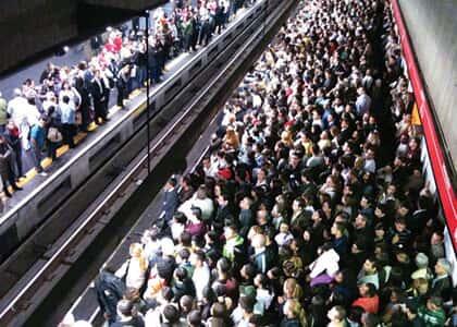 Vítima de abuso sexual no metrô não receberá indenização