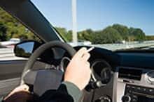 Lei do DF proíbe fumar em carro com crianças, táxis e veículos coletivos