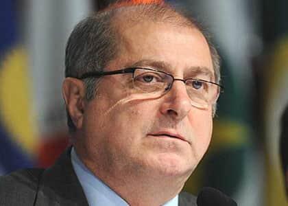 Ex-ministro Paulo Bernardo é preso na Lava Jato