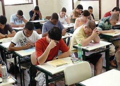 Câmara rejeita urgência para PL que acaba com exame de Ordem