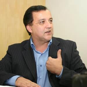 Pedido de vista interrompe julgamento de HC de Cachoeira