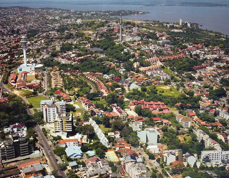 Estados e municípios devem gerir serviços integrados em regiões metropolitanas