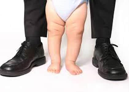 Pai solteiro conquista direito a licença de 180 dias