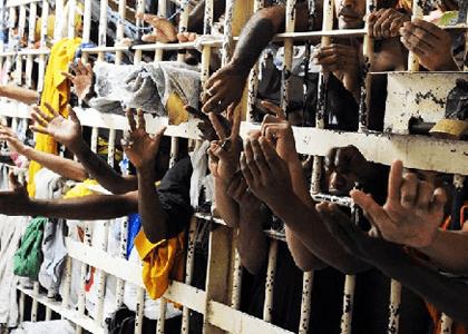 STF: Estado tem obrigação de indenizar presos em situação degradante