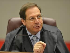 Honorários advocatícios têm natureza alimentar na habilitação de falências