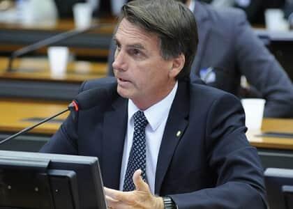 PGR defende que STF receba denúncia contra Bolsonaro