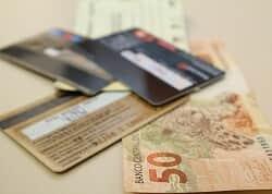 Temer sanciona lei que regulamenta diferenciação de preço conforme meio de pagamento