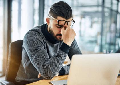 Analista que não conseguia se desconectar mentalmente do trabalho por sobreaviso será indenizado