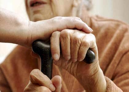 Lei altera Estatuto do Idoso e dá prioridades aos maiores de 80 anos