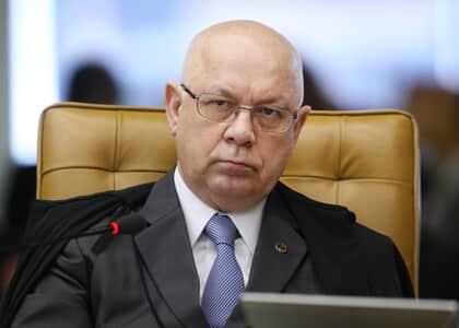 Teori Zavascki suspende decisão sobre pagamento de diárias de viagem a juiz