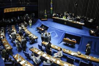 Senado aprova projeto que regulamenta mediação