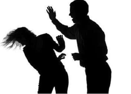Prisão simples por violência contra mulher não pode virar restritiva de direito