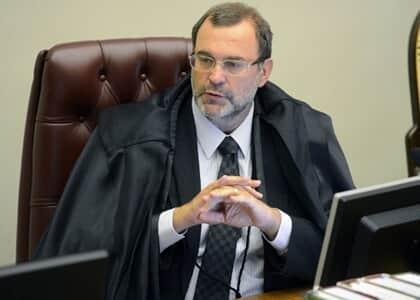 Ministro Sebastião concede liminar para irmão de vice-governador eleito de SP