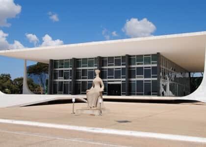Suspenso julgamento de ação penal contra o parlamentar Aníbal Gomes