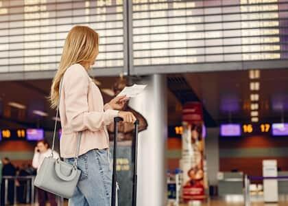 Companhia aérea indenizará passageira por atraso de 48 horas em voo