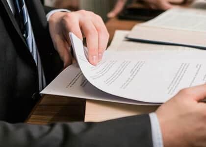 Advogado inadimplente consegue liminar para exercer profissão