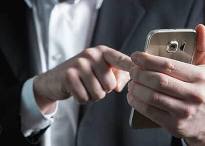Cobrar metas por WhatsApp fora do expediente extrapola poder do empregador