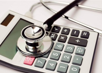 Plano de saúde indenizará por não cobrir exame para tratamento de câncer