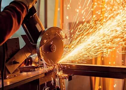 JT/MG atende sindicato e fixa providências para saúde de trabalhadores em indústrias