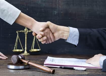 Advogada comenta benefícios da arbitragem nos contratos individuais de trabalho