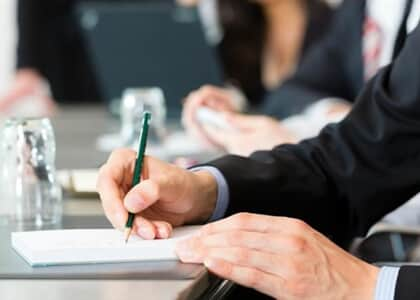 STJ julga se advogado destituído em caso de contrato com cláusula de êxito deve receber honorários