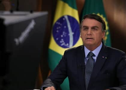 Mulher aciona Justiça por fala de Bolsonaro de US$ 1.000 de auxílio emergencial na ONU