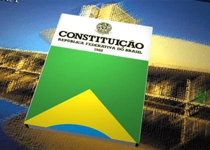 Viva a Constituição! Comunidade jurídica celebra 30 anos da Carta Magna