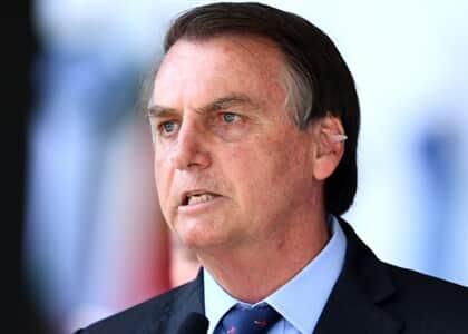 Bolsonaro alfineta OAB e opina por eleição direta para presidência