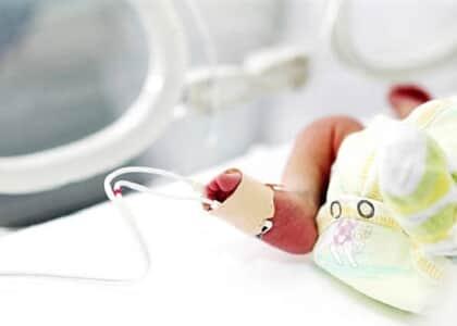 Liminar garante que plano de saúde cubra internação de bebê em UTI